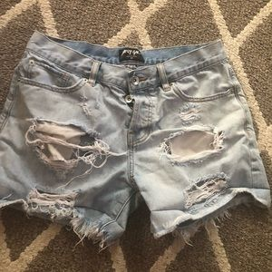 nasty gal distressed shorts size 27